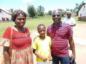 Adolphine Tshiama with Kanku Ngalamulume and Joseph Nkongolo. Photo: Rod Hollinger Janzen</p>